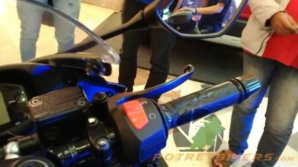 suzuki-gsx-r-150-steering-kanan