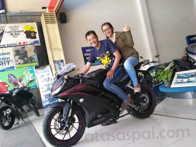 New R15 dibuat boncengan copy