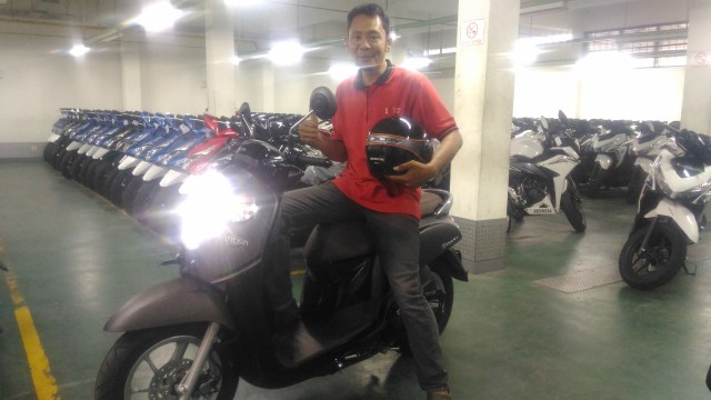new scoopy stylish black brown A'A