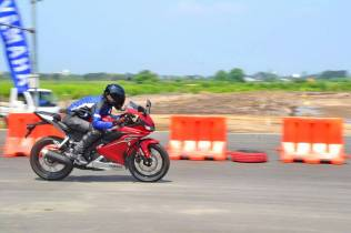 Top Speed New R15
