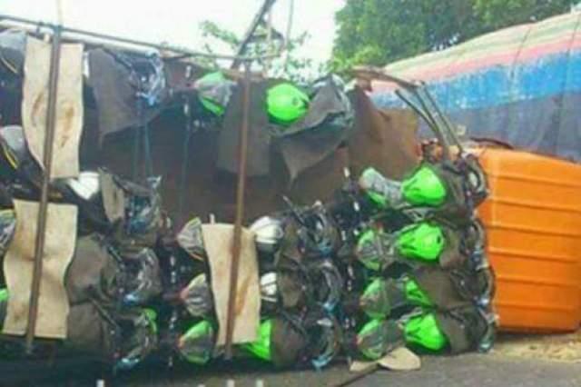 truk ninja kecelakaan