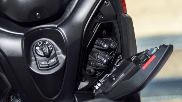 Yamaha-XMAX-125-ABS