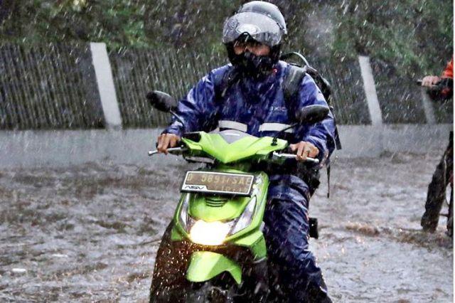 #Cari_Aman saat musim hujan
