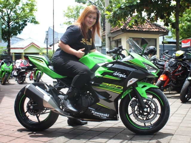 Harga Terbaru New Ninja 250 Fi Dan Motor Kawasaki Lainnya Di