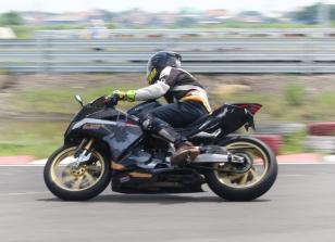 CBR250RR Track Day 27