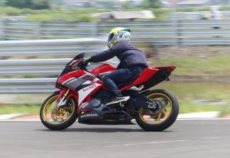CBR250RR Track Day 28