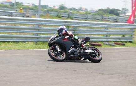 CBR250RR Track Day 40