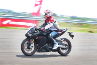 CBR250RR Track Day 8