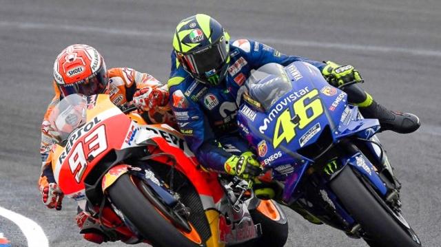 MotoGP-2018-Argentina-Marquez-Rossi-clash
