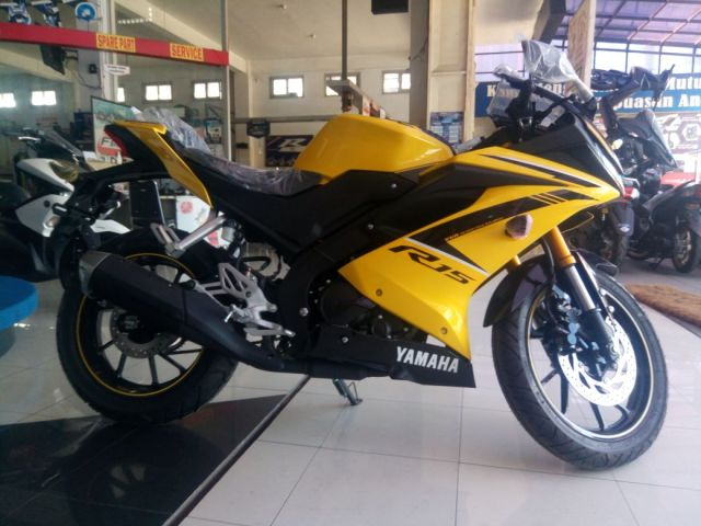 New R15 warna kuning usd warna emas