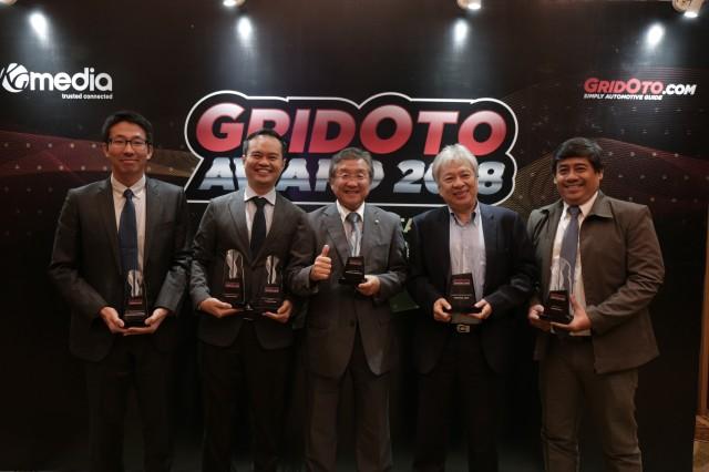 Management PT YIMM hadir dalam seremonial GridOto Award 2018
